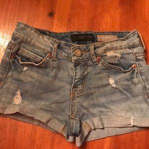 Aeropostale shorty jean shorts size 000